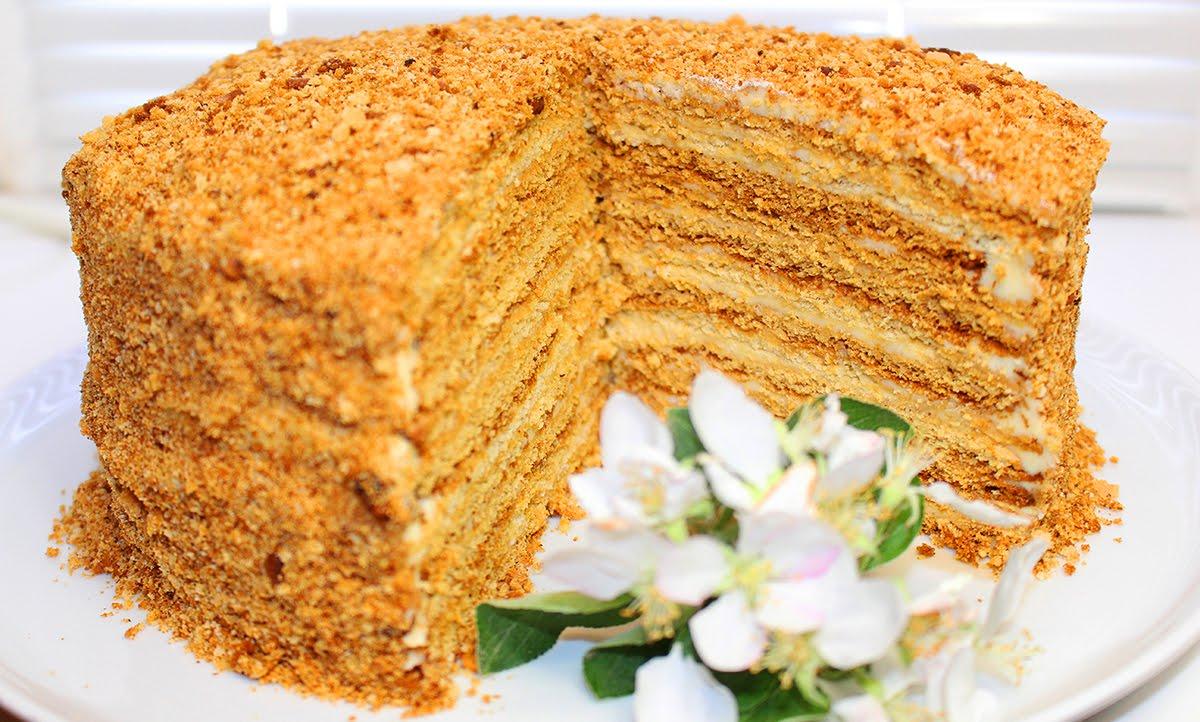 Воздушный торт медовик