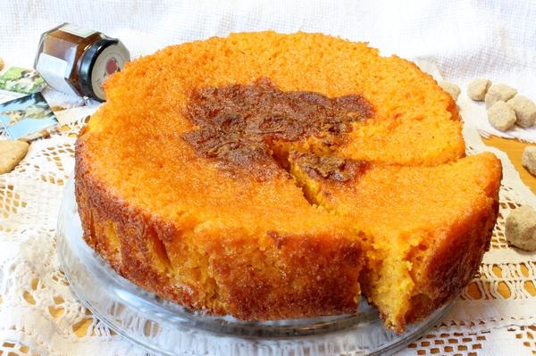 Низкокалорийный морковный пирог