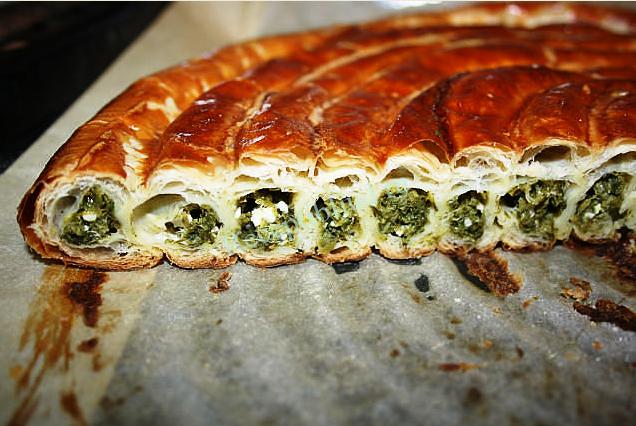 Вкусный и полезный пирог со шпинатом