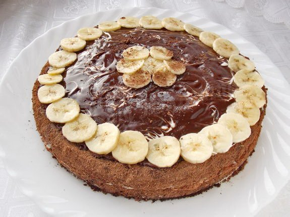 Нежный торт на сметане с бананом