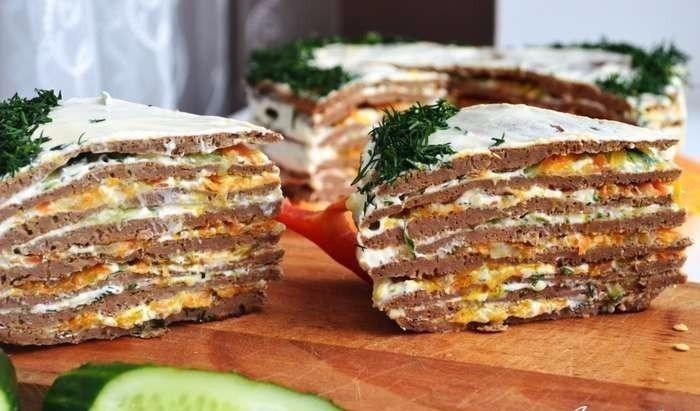 Восхитительный печеночный торт с грибами