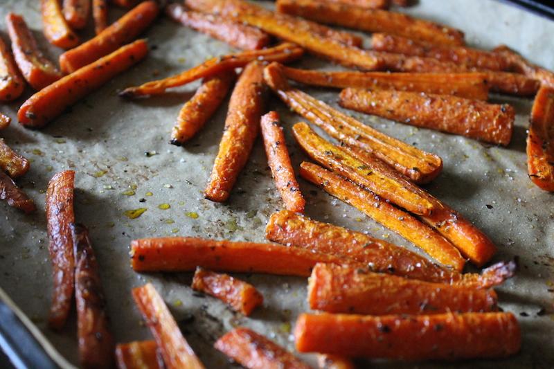 Полезная закуска - морковные палочки фри
