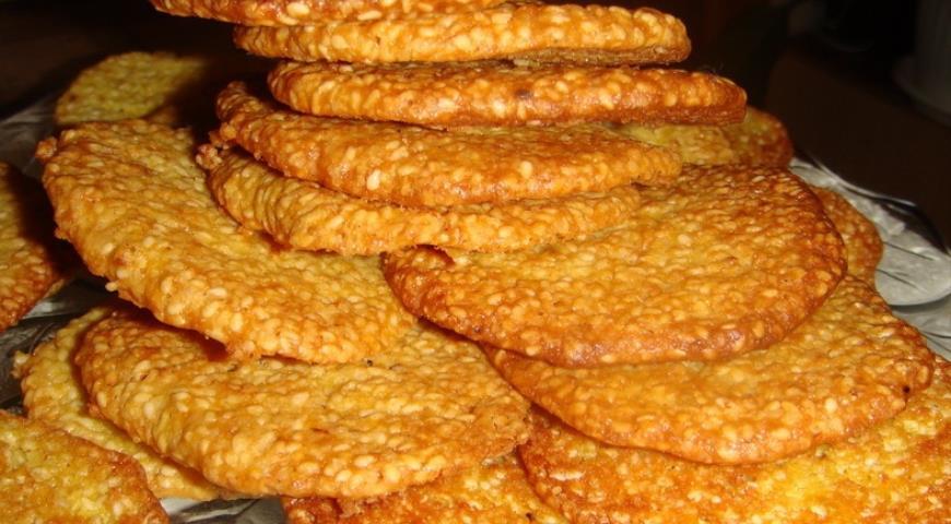 Полезное хрустящее печенье из кунжута
