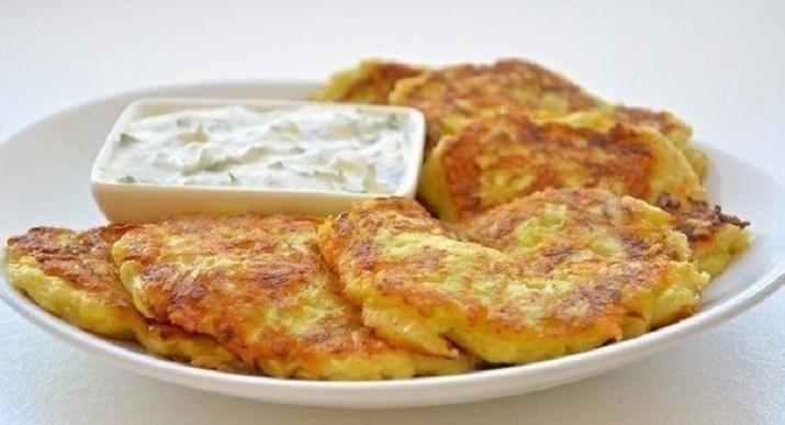 Изысканные оладьи из кабачков с сыром