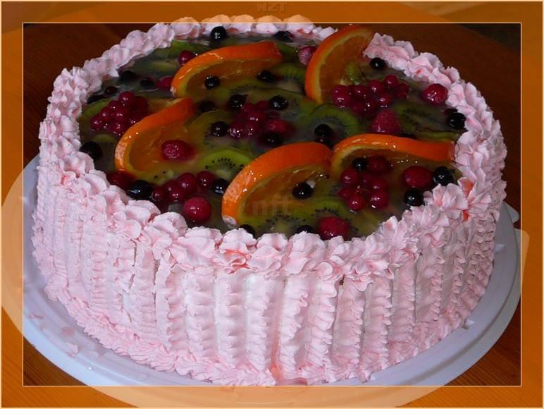Нежнейший торт с фруктами