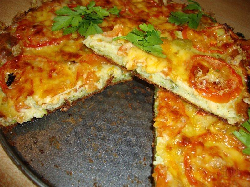 Аппетитная пицца из кабачков на сковороде