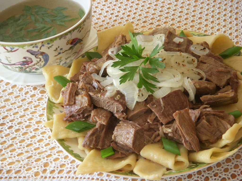 Бешбармак из говядины пошаговый рецепт
