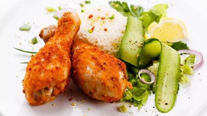Блюдо для ленивых: рис с овощами и куриными ножками