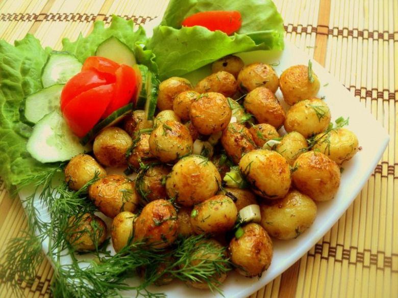 Картошку лучше есть с салатом