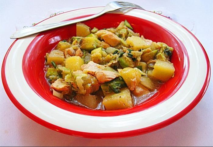 Летнее легкое рагу с овощами