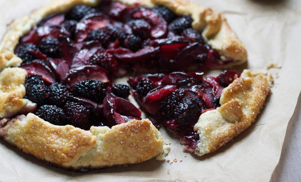 Вкусный витаминный пирог - галета с ягодами