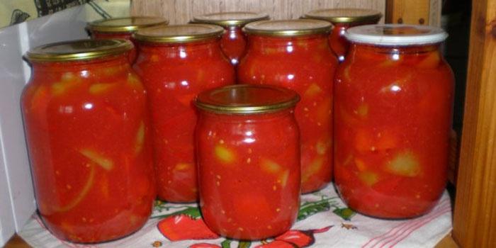 Салат из помидор в медовой заливке на зиму