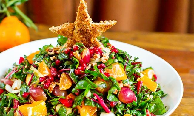 """5 вкуснейших салатов, которые с легкостью заменят банальный """"Оливье"""""""