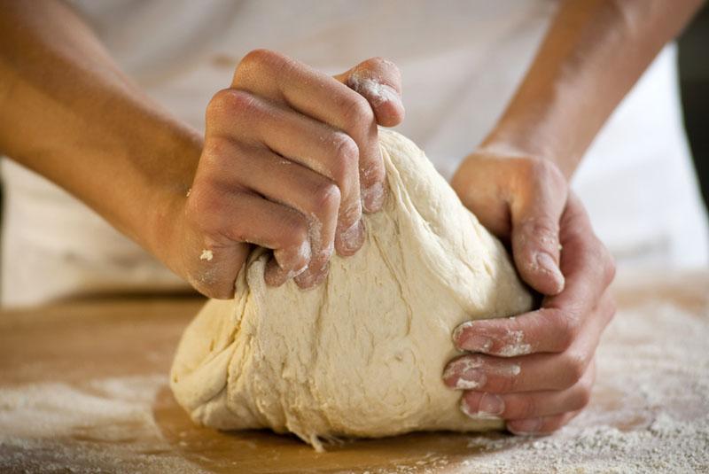 Пышное пресное сметанное тесто для выпечки