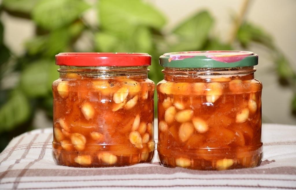 Оригинальное медовое варенье из персиков