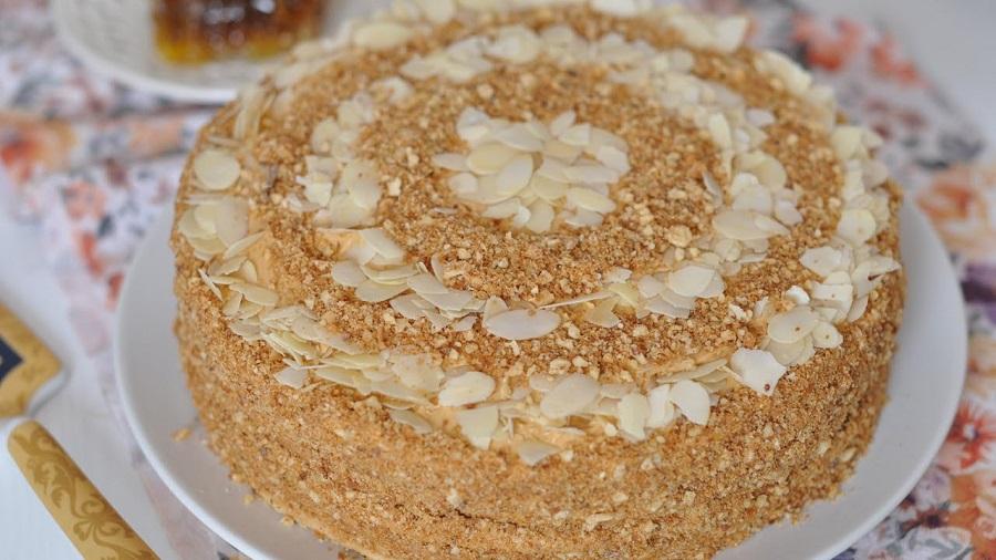 Обалденный торт с орехами и сгущенным молоком