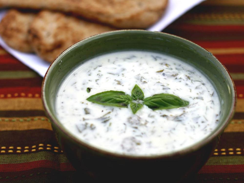 Холодный азербайджанский суп «Довга»