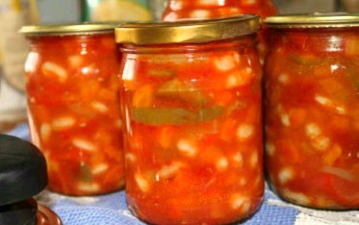 Аппетитная фасоль в томатном соусе на зиму