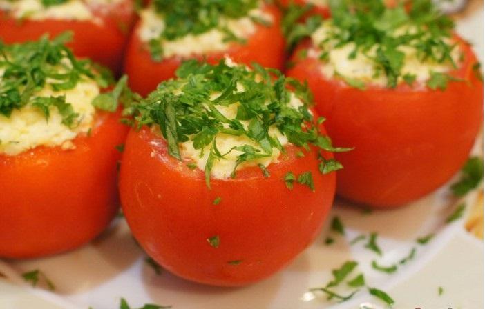Супер вкусные фаршированные помидорки