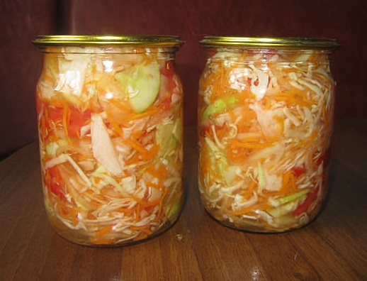 """Простой и очень вкусный салат на зиму """"Гениальный"""""""