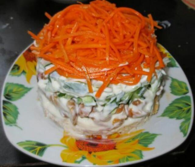 """Вкуснейший салат """"Восторг"""" к любому столу"""