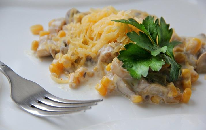 Оригинальный теплый салат «Пандора»
