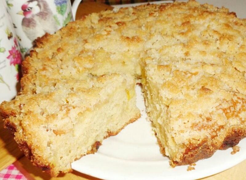 Нежный фруктовый десерт - рассыпчатый яблочный кекс