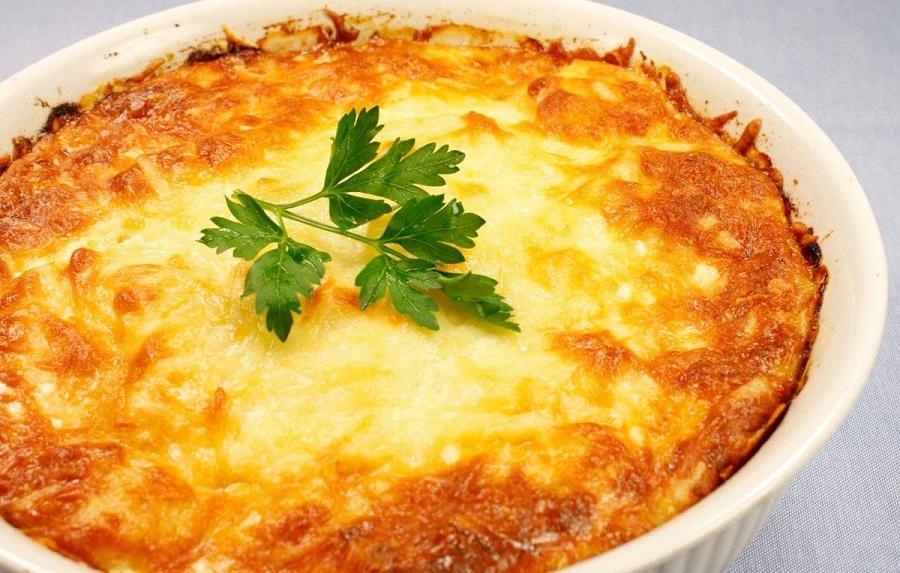 Бесподобно вкусная запеканка из картофеля с сыром и чесноком
