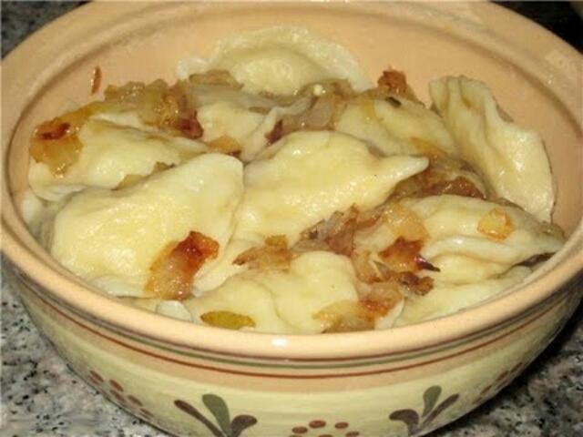 Аппетитные картофельные вареники с куриной печенью