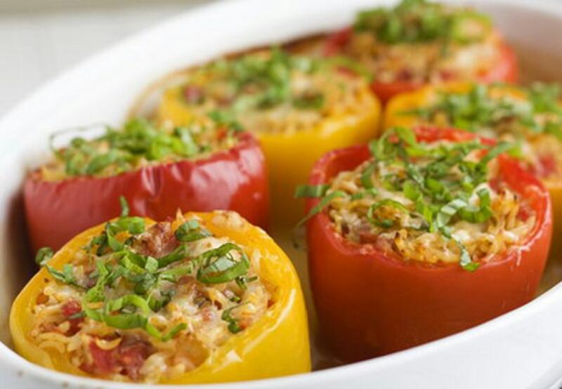 Как правильно приготовить фаршированные перцы с мясом и рисом