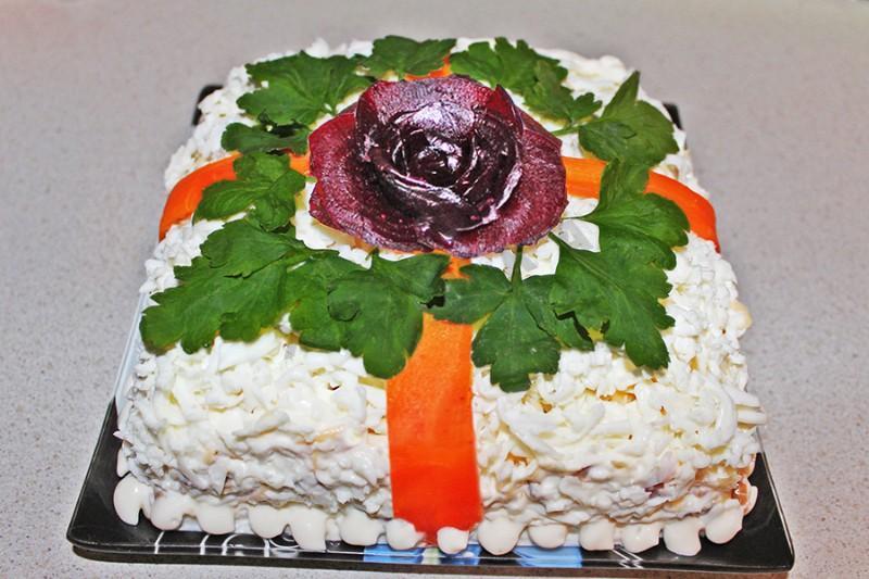 Лучший салат к праздничному столу «Подарок»