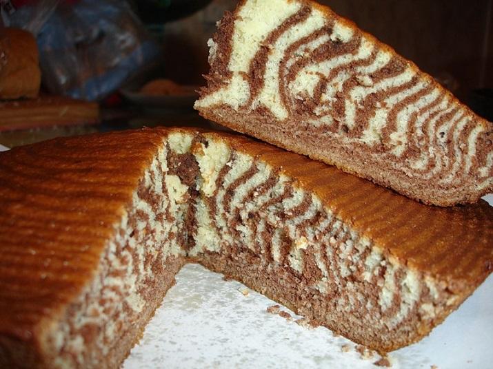 Пирог на очень скорую руку: «Зебра» на кефире