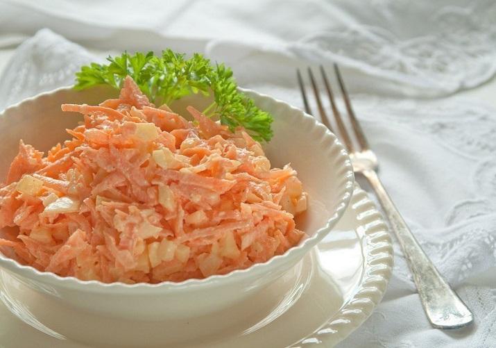 Салат из сыра и моркови с чесноком калорийность