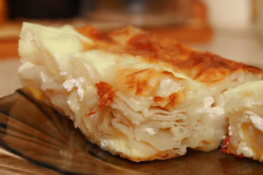 Изумительная «Баница» - болгарский пирог с брынзой