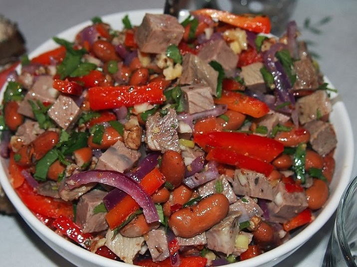 Рецепт салата «Тбилиси» просят все, кто хоть раз попробует