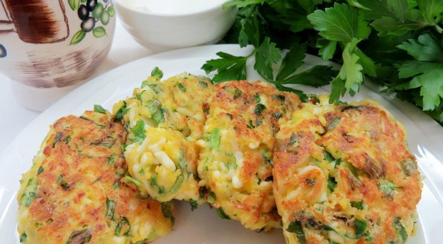 Котлетки с яйцами и зеленью-оригинальное дополнение к ужину