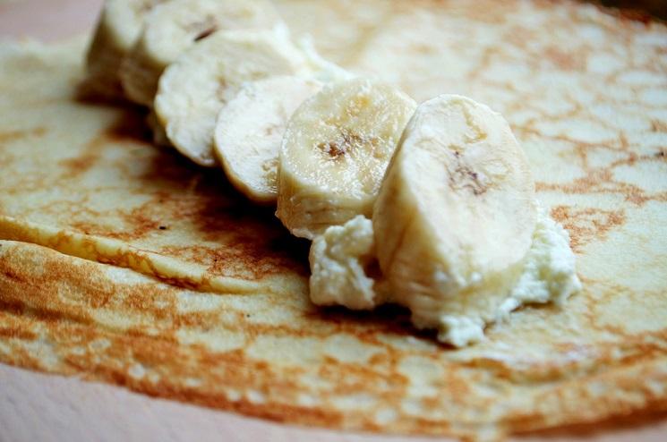 Самые вкусные блинчики к завтраку без муки с творогом