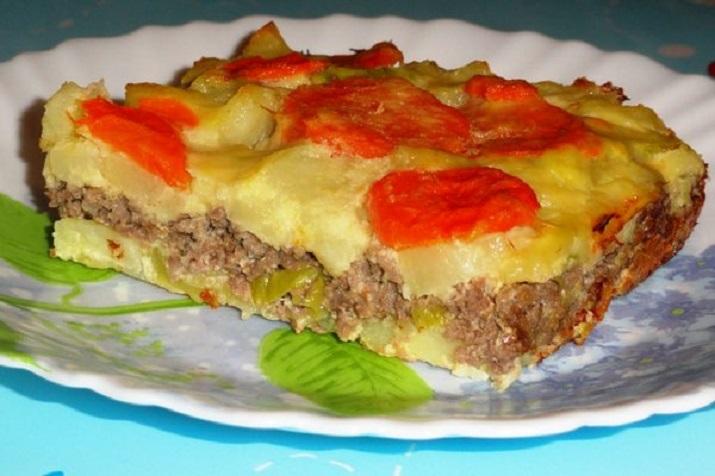 Вкусный картофельный пирог с мясом и баклажанами