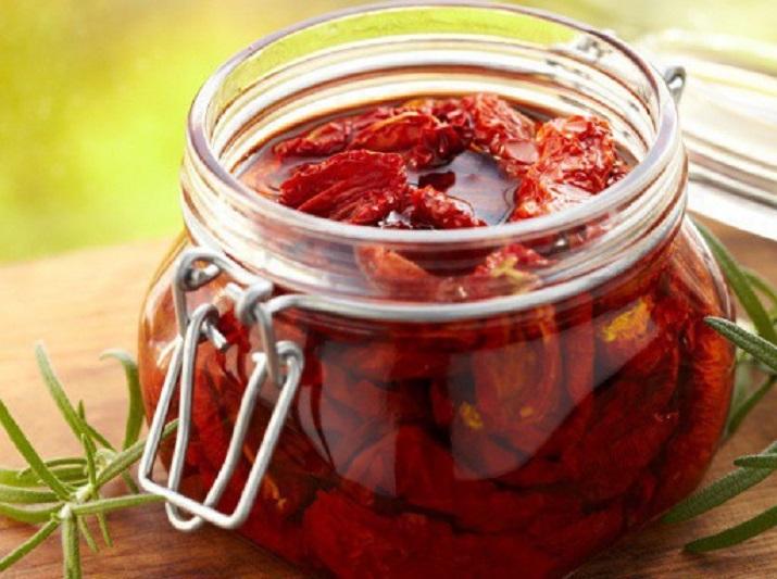 Вяленые помидоры по-итальянски: замечательный рецепт заготовки