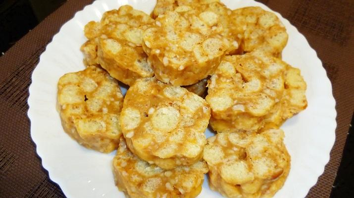 Супер легкий десерт из кукурузных палочек за 15 минут