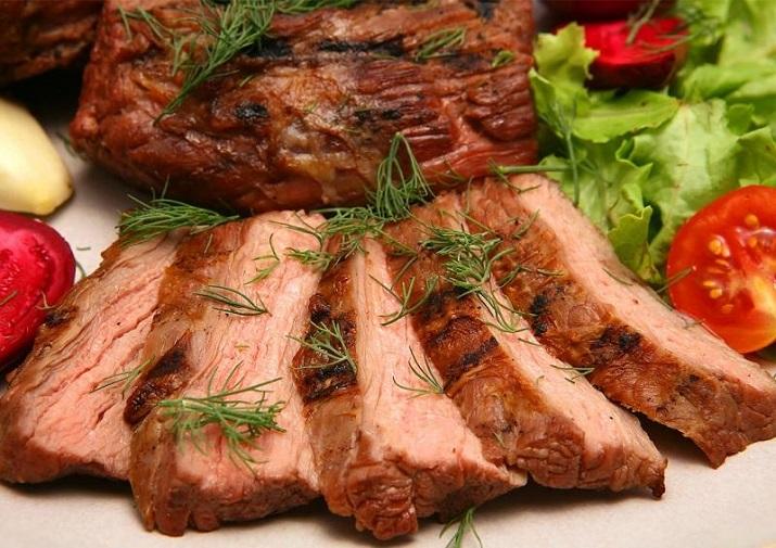 Мини праздничный стол: вкусные блюда по простым рецептам