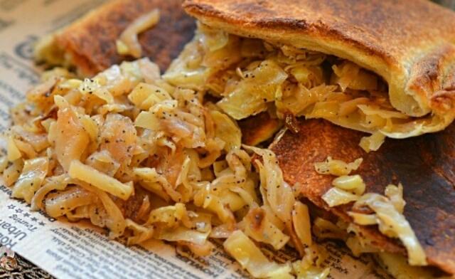 Потрясающий пирог с капустой на скорую руку из 5 ингредиентов