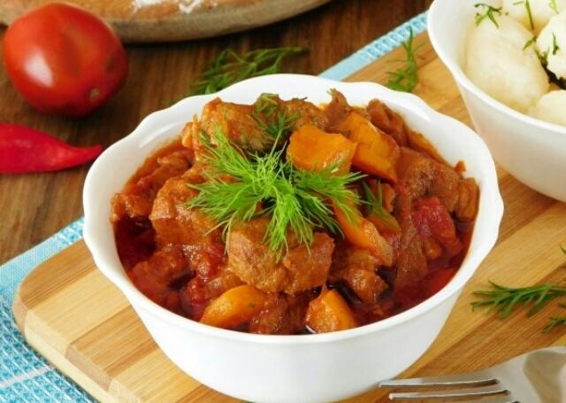 Безумно аппетитное мясное блюдо с галушками - Перкельт