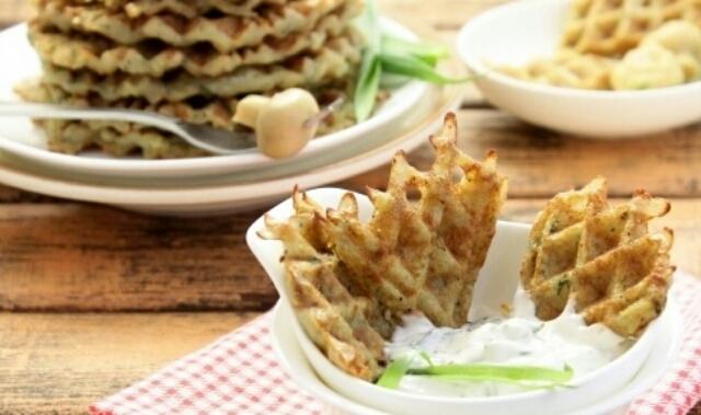 Потрясающие вафли из картофеля с укропом