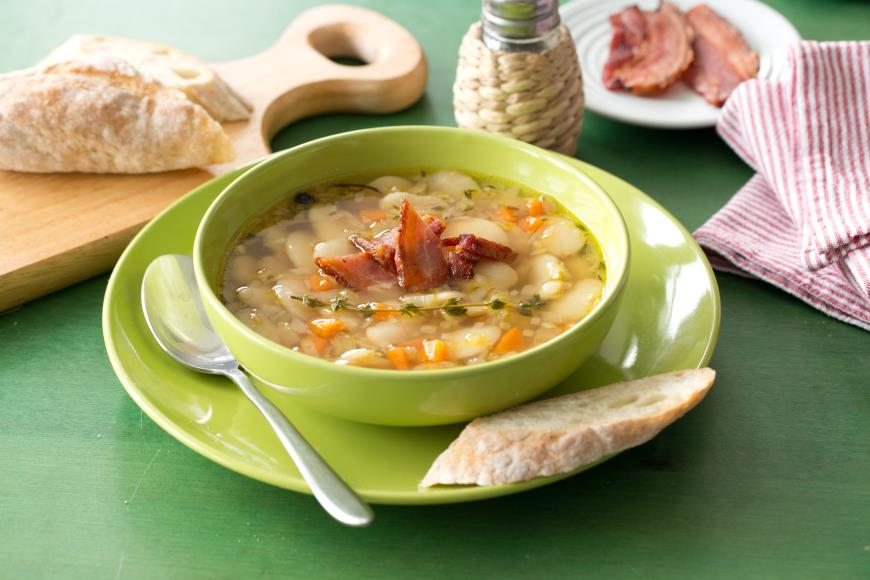 Фасолевый суп с копченой куриной грудкой-вкуснейший суп в мире