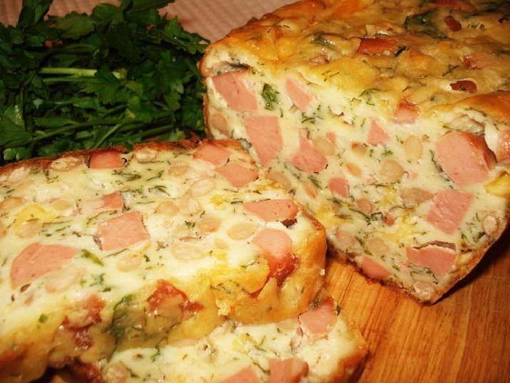 Закусочный кекс с колбасой и сыром в духовке
