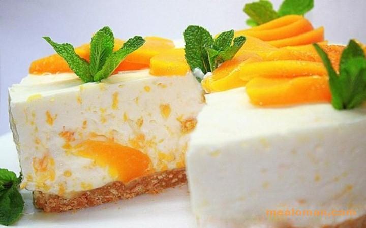 Йогуртовый торт с персиками без выпечки-готовим за 20 минут