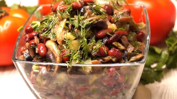 Вкусный простой салат с говорящим названием: «Ням-ням» без майонеза