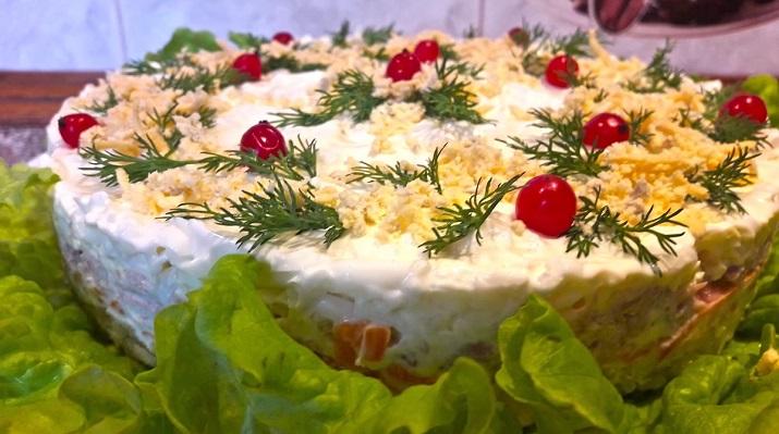 Очень вкусный салат «Мимоза» с тунцом: готовимся к празднику