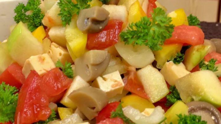 Очень вкусный салат без майонеза: готовим за 10 минут